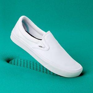 Vans Comfycush White Slip On